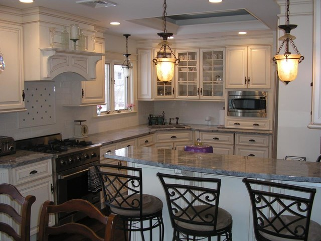 combined kitchen and dining room | traditional / elegant kitchen dining room combination