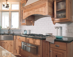Traditional Farmhouse traditional-kitchen