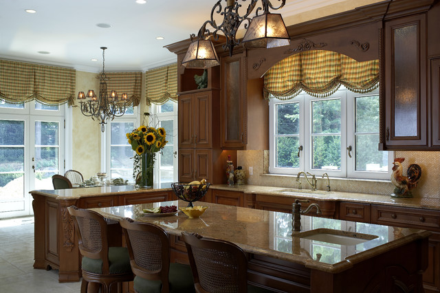 Traditional French Country Kitchen Traditional Kitchen