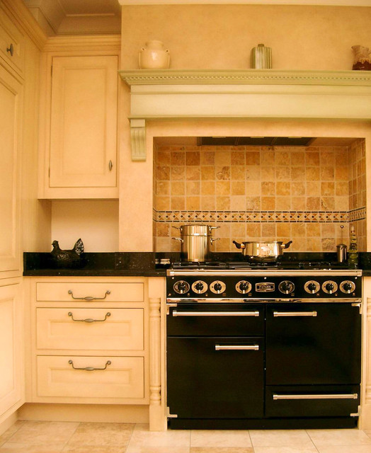 Traditional hand painted framed kitchen traditional for Sa company kitchen