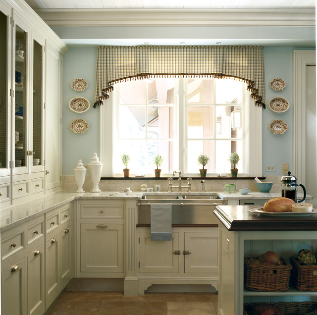 Classical French Kitchen Refit: Traditional Hinsdale