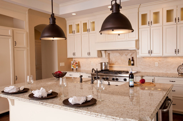 Traditional Home in Cincinnati traditional-kitchen