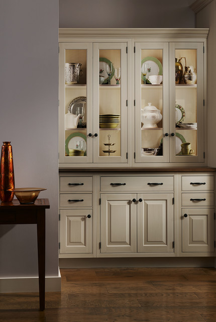 Woodland meadows by brookhaven traditional kitchen for Brookhaven kitchen cabinets price