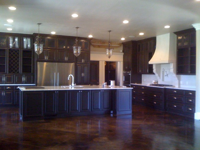 Traditional Jewel Kitchen Oklahoma City By Bella Vici