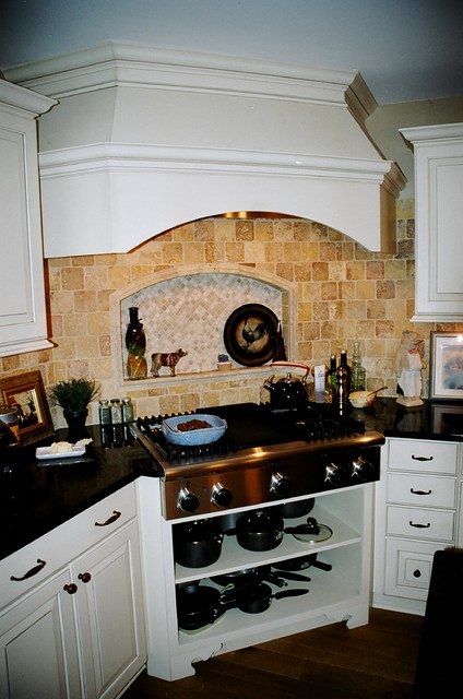 Traditional Kitchen and Bath traditional-kitchen