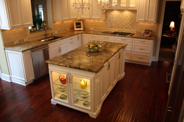Custom kitchen island traditional kitchen cleveland for Custom made kitchen islands