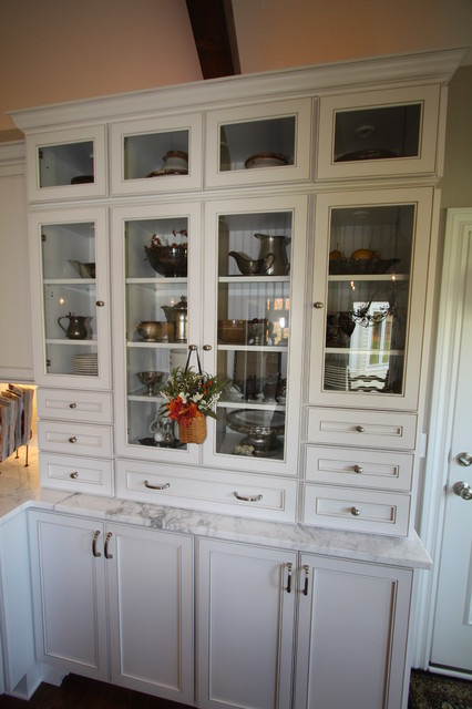 kitchen cabinets pictures photos glass paneled hutch traditional kitchen cleveland 21004