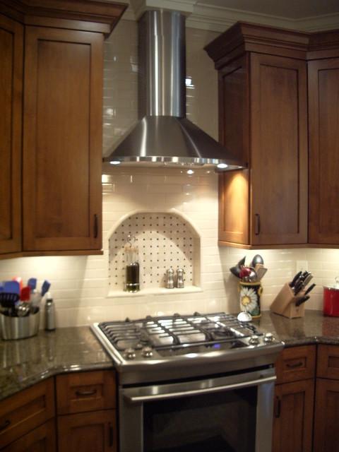 Traditional Kitchen Backsplash Amp Niche Traditional