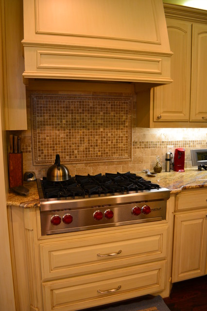 backsplash tile for kitchen barbara gilbert interiors traditional kitchen dallas 4275