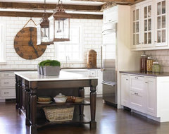 Brookhaven Colonial traditional kitchen