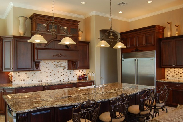 Traditional Kitchen Cabinetry traditional-kitchen