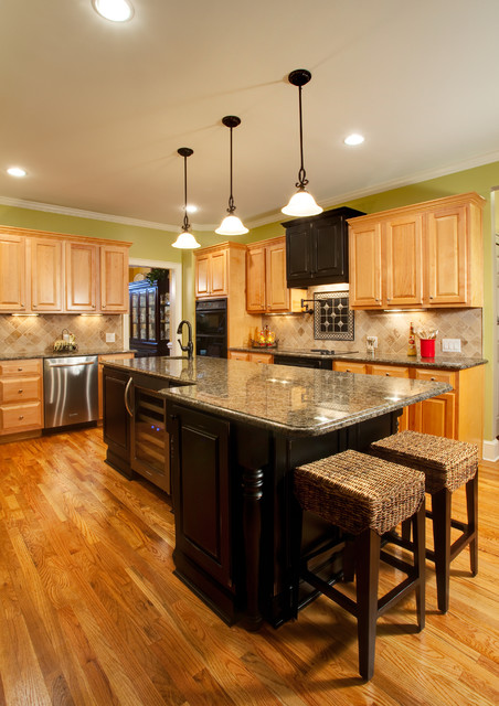New providence lane kitchen traditional kitchen for Building traditional kitchen cabinets by jim tolpin