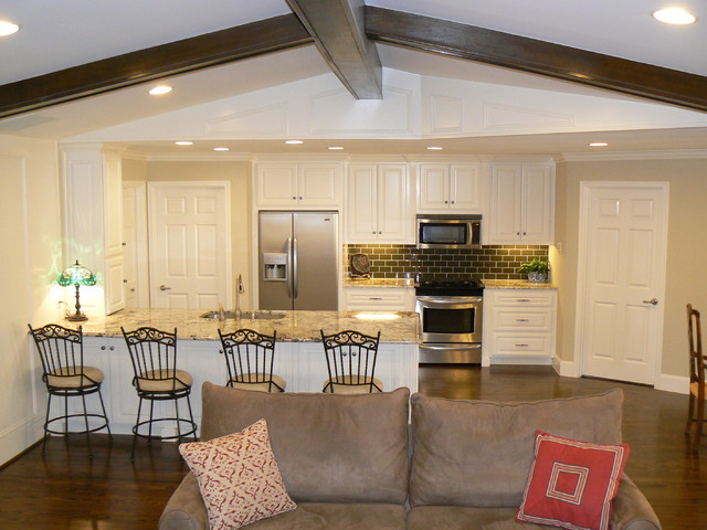 It's Great To Be Home - Open Kitchen into Family Room ...