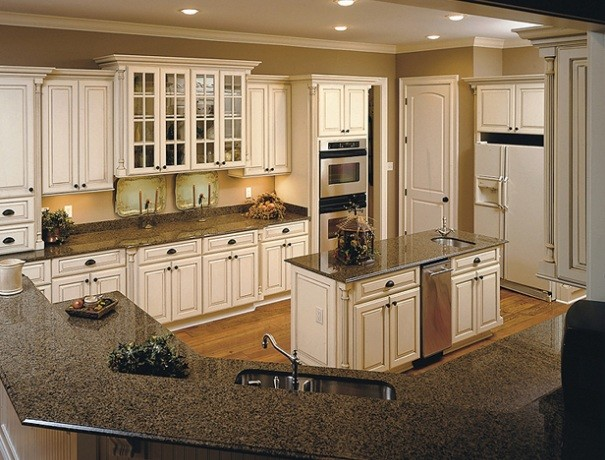 Wood-Mode Cabinetry - Traditional - Kitchen - Portland Maine ...