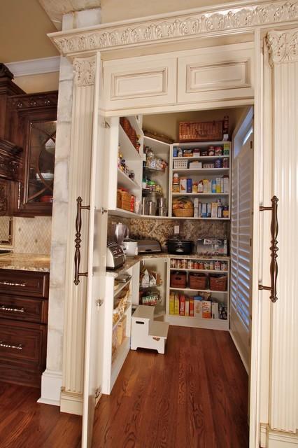 Walk in pantry layouts joy studio design gallery best for Walk in kitchen pantry