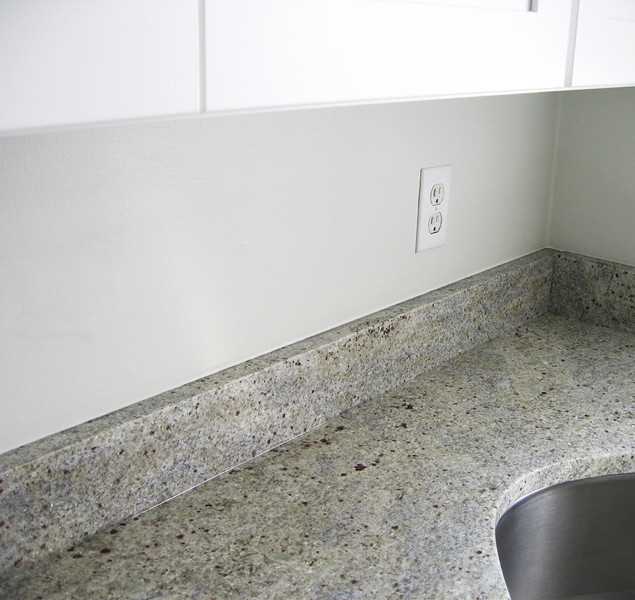 Kashmir White Granite Traditional Kitchen Richmond
