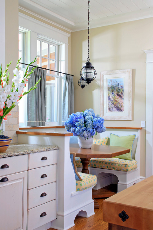 10 Charming Breakfast Nook Ideas Town amp Country Living : traditional kitchen from town-n-country-living.com size 500 x 750 jpeg 123kB