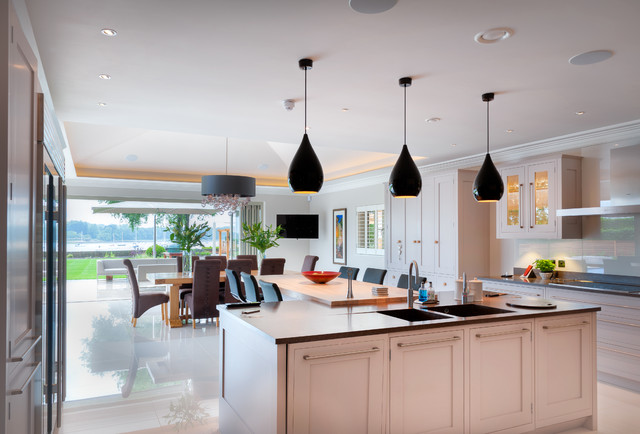 Traditional kitchen in coastal home transitional for Extreme kitchen designs