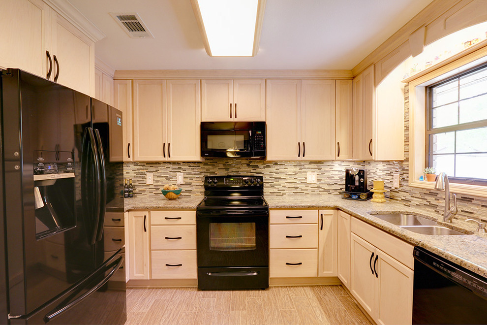 Traditional Kitchen in Pensacola, Florida - Traditional ...