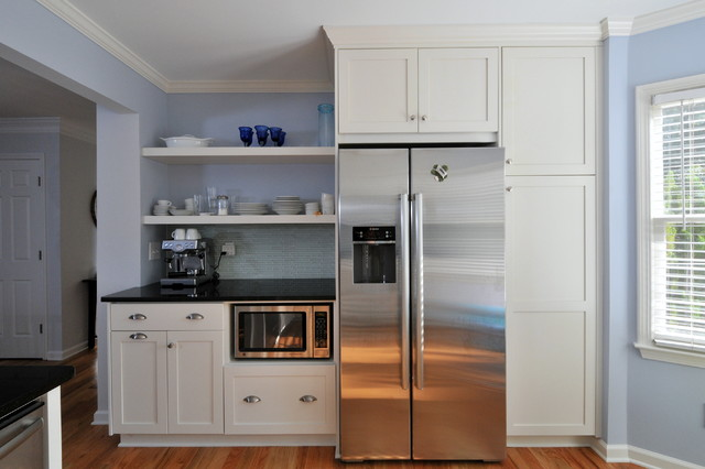 Inspiration For A Timeless Kitchen Remodel In Atlanta With Stainless Steel Liances Shaker Cabinets