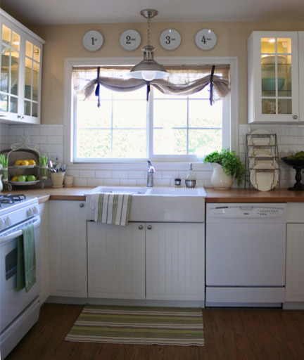 The Old Painted Cottage traditional kitchen