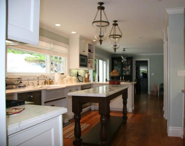 Schoen residence in paradise cay tiburon california for Skinny kitchen island