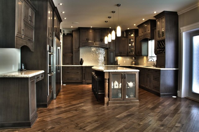 Slate Stunner!  Traditional  Kitchen  edmonton  by Kitchen