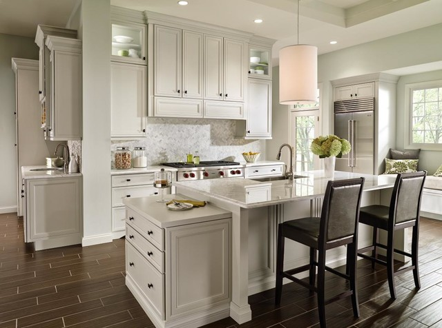 Awesome Decora Braydon Manor Kitchen Traditional Kitchen