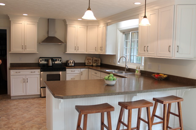 Holland Kitchen Remodel Traditional Kitchen Cincinnati By Mauk Cabinets By Design