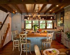 Cottage Kitchen traditional-kitchen