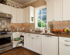 #81 – Cillesa Design – San Francisco traditional-kitchen