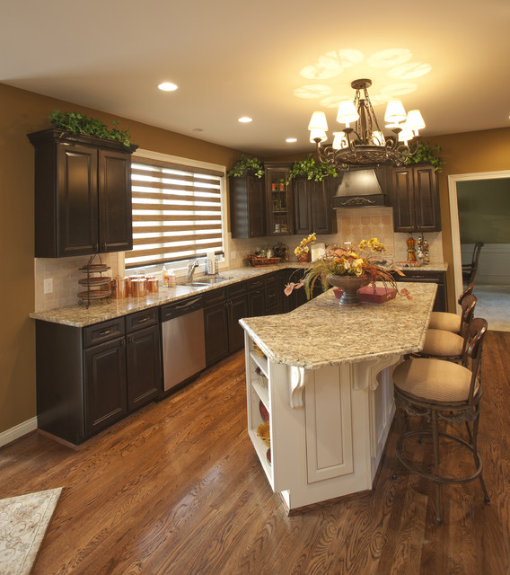 Long Narrow Kitchen With Island: Zicka Homes Model