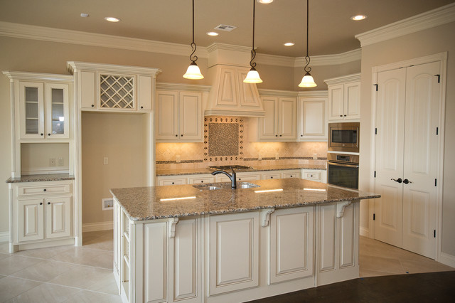 White Kitchen Traditional Kitchen Oklahoma City By Westpoint Homes