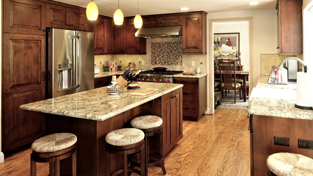 Traditional Kitchen With Wood Cabinets Westlake Village Ca 08 Traditional Kitchen Los Angeles By Showcase Kitchens And Baths Houzz Ie