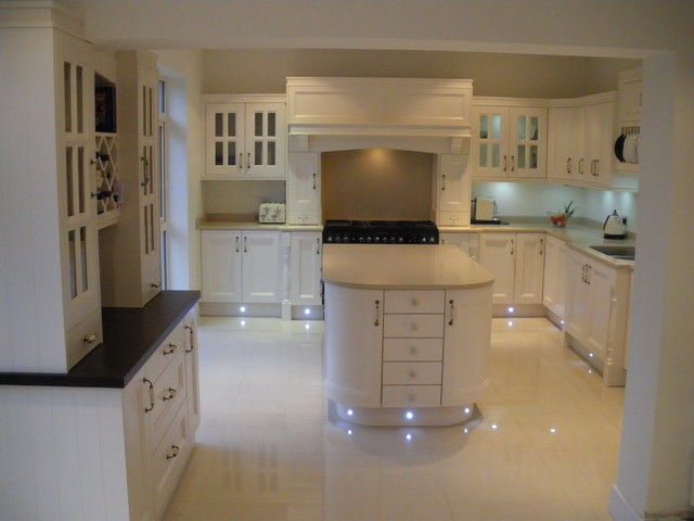 Keith Fennelly traditional-kitchen