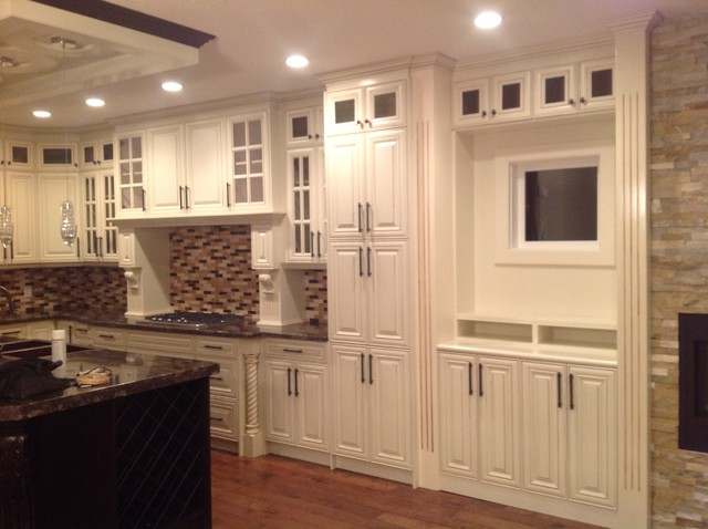 Traditional kitchens for A z kitchen cabinets ltd calgary