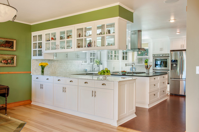 Inspiration For A Timeless Kitchen Remodel In Seattle With Shaker Cabinets White