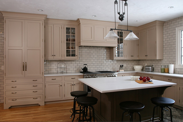 Traditional New England Kitchen traditional-kitchen