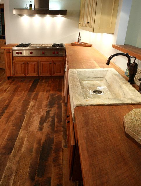 Genial Traditional Plank Cherry Flooring U0026 Countertop Traditional Kitchen