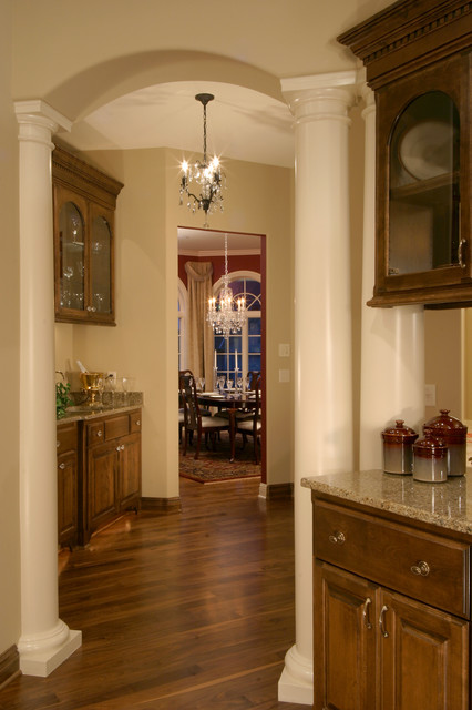 Traditional Private Residence traditional-kitchen