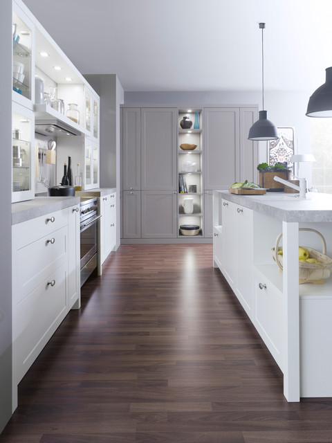 TRADITIONAL STYLE CARRE-FS contemporary-kitchen