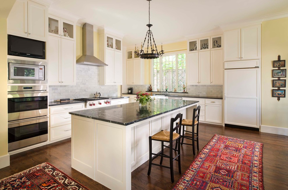 Traditional Style Home in Preston Hollow - Traditional ...