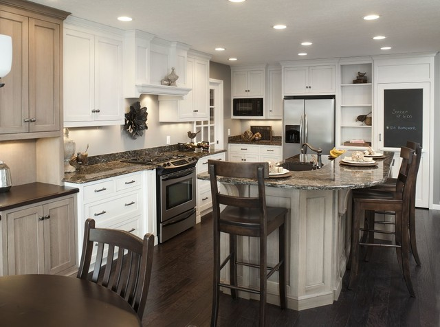 Traditional White Kitchen W Accent Island Traditional Kitchen Clevelan