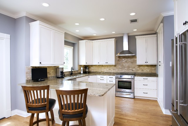traditional white with stone backsplash kitchen - traditional
