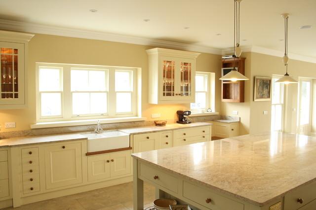 traditonal english style kitchen traditional-kitchen