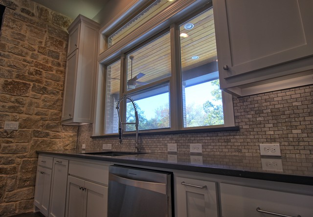 Trailwood Court transitional-kitchen