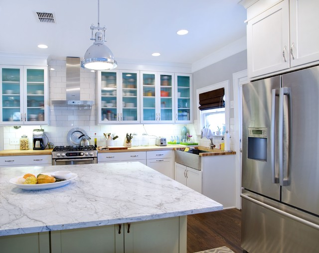 Tranisitional White Kitchen With Apron Sink
