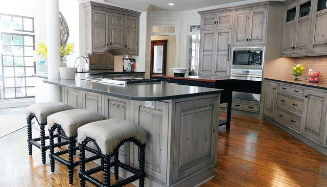 Transitional Branford Traditional Kitchen