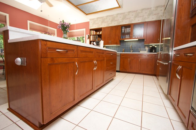 Transitional Cherry Kitchen in Pasadena, MD - Transitional - Kitchen - baltimore - by Kitchen Saver