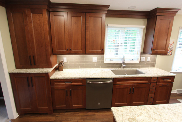 Beige And White Quartz Countertop